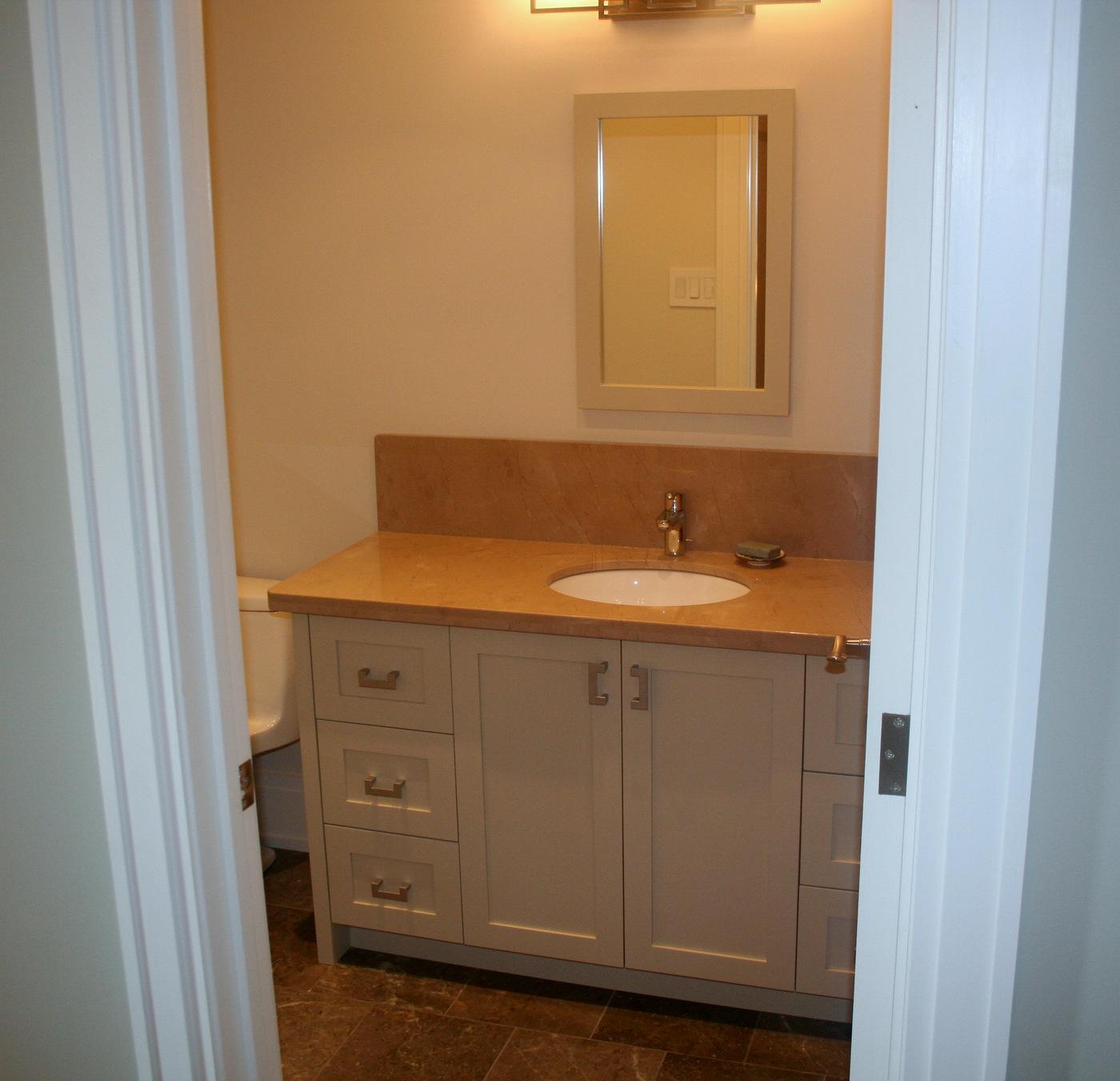 Modern bathroom martin c vendryes for Martin craig bathroom design studio